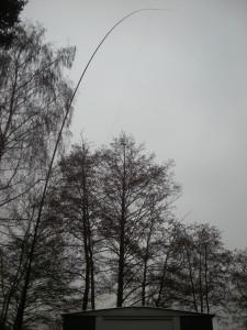 Unzureichend abgespannter Mast